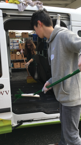 Students attend West Valley Community Service Pantry Clean