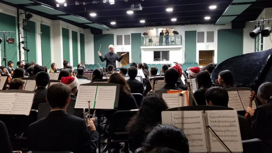 Students from CHS played with the HHS orchestra for combined pieces. Photo by Steven Lefaive.